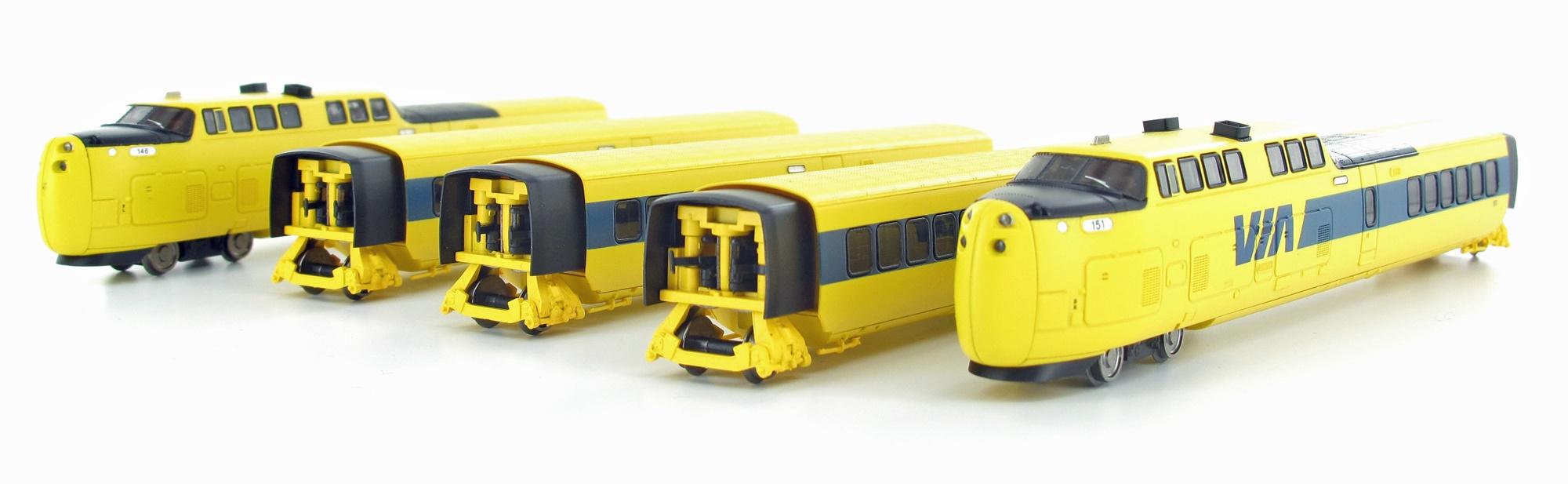 N Scale - Rapido Trains - 520006 - Passenger Train, TurboTrain - Via Rail Canada