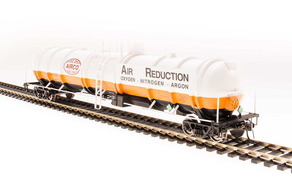 N Scale - Broadway Limited - 3720 - Tank Car, Cryogenic - Airco Industrial Gases - 2-pack