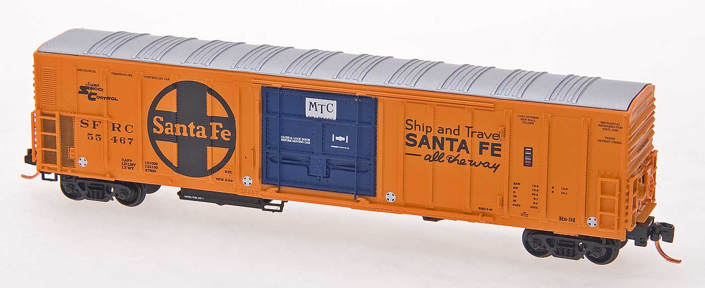 N Scale - InterMountain - 68824-08 - Reefer, 57 Foot, Mechanical, PC&F R-70-20 - Santa Fe - 55418