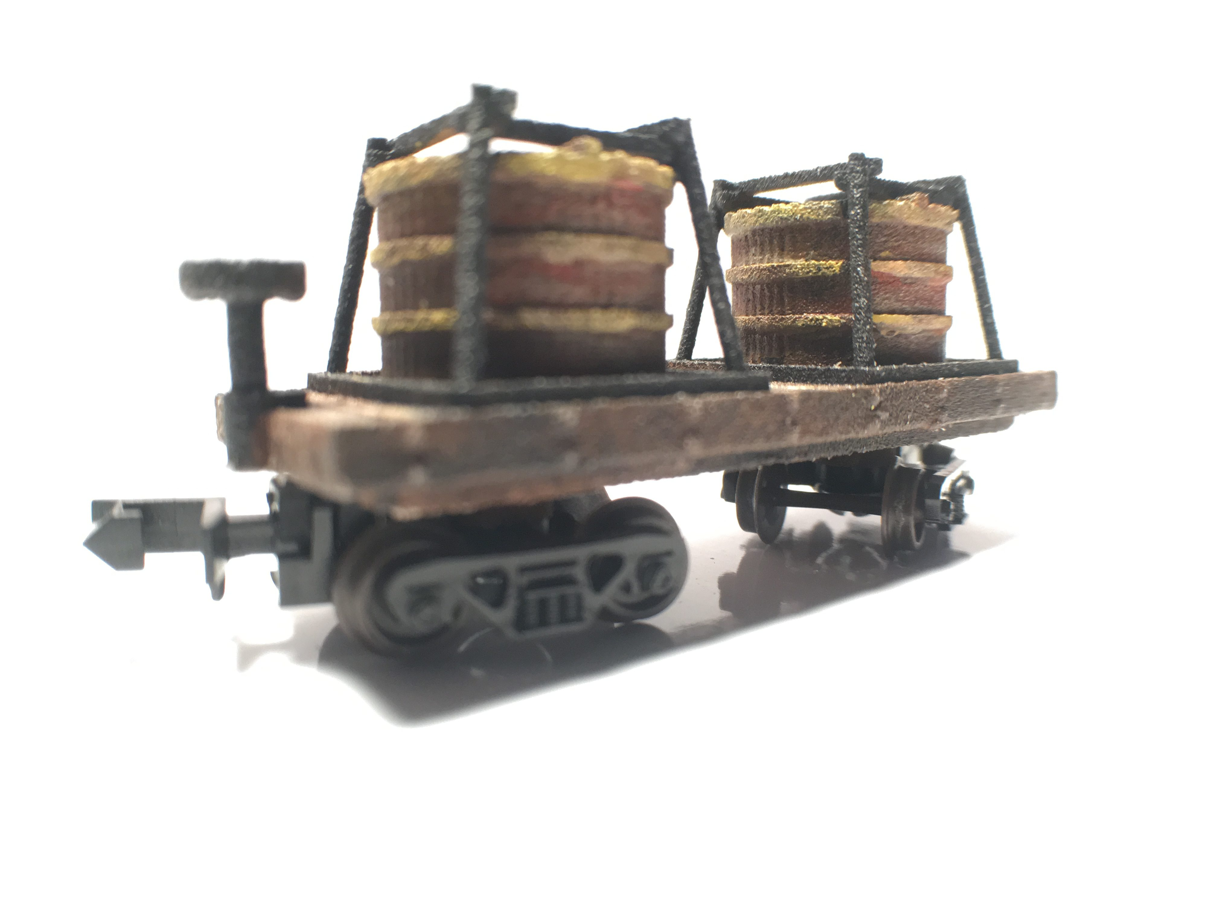 N Scale - B&T Model - Tank Car - Tank Car, Early, Wooden - Undecorated