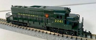 N Scale - Arnold - 5050 - Locomotive, Diesel, EMD GP30 - Pennsylvania - 2241