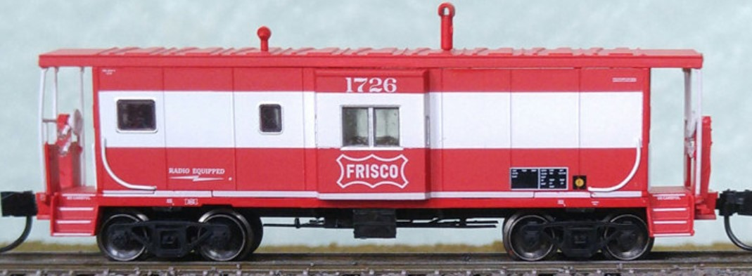 N Scale - Bluford Shops - 44090 - Cabooose, ICC Bay Window - Frisco - 1726