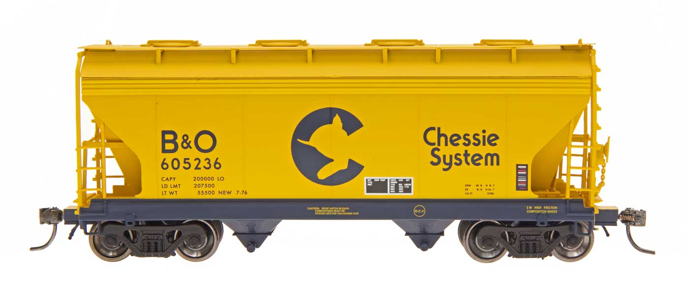 N Scale - InterMountain - 66520-17 - Covered Hopper, 2-Bay, ACF Centerflow - Chessie System - 605111