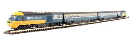 N Scale - Dapol - ND122H - Locomotive, Diesel, BR Class 43 (HST) - British Rail - E43076, E43077 + 2 coaches