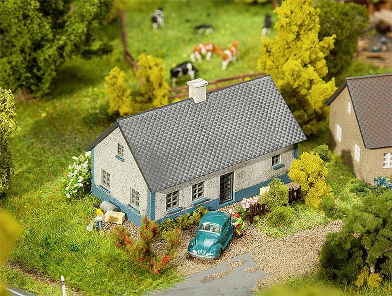 N Scale - Faller - 232348 - Ballum Cottage - Residential Structures