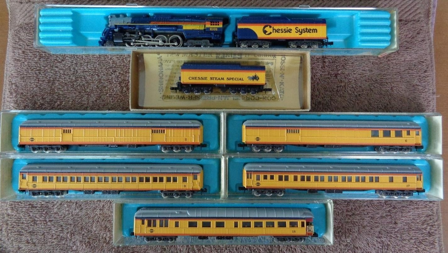 N Scale - Con-Cor - Limited Edition Set # 1 - Passenger Train, Steam, North American, Transition - Chessie System - 7-Unit