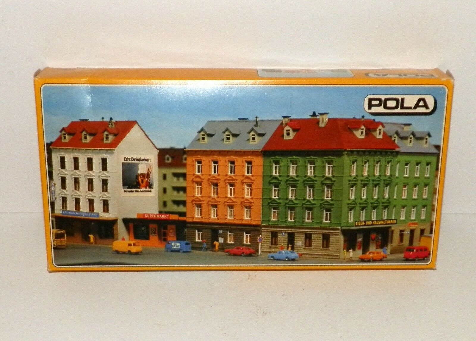 N Scale - Pola - 325 - House - Residential Structures - Row Houses