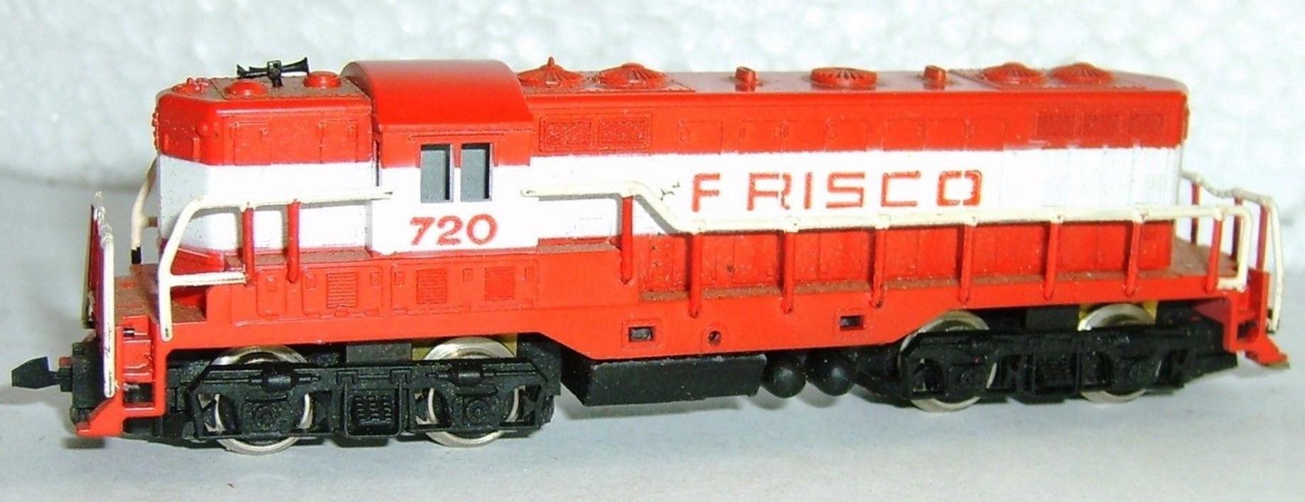 N Scale - Revell - 2304 - Locomotive, Diesel, EMD GP7 - Frisco - 720