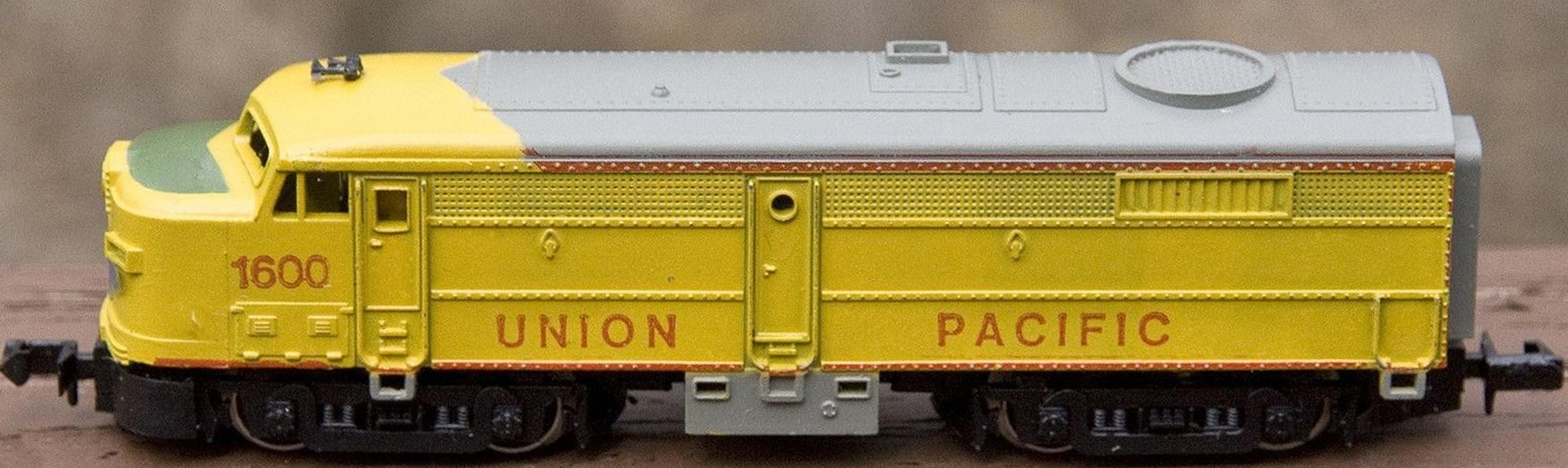 N Scale - Revell - 2322 - Locomotive, Diesel, Alco FA/FB - Union Pacific - 1600