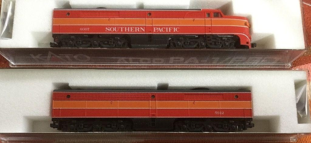 N Scale - Kato USA - 106-0802 - Locomotive, Diesel, Alco PA/PB - Southern Pacific - 6007, 5912