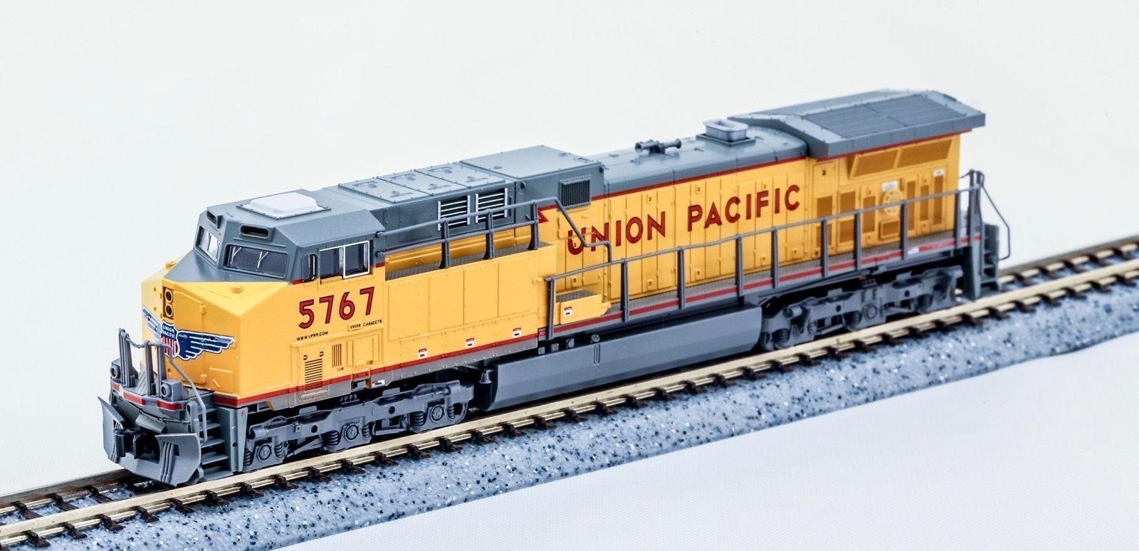 N Scale - Kato USA - 176-7006 - Locomotive, Diesel, GE AC4400CW - Union Pacific - 5767