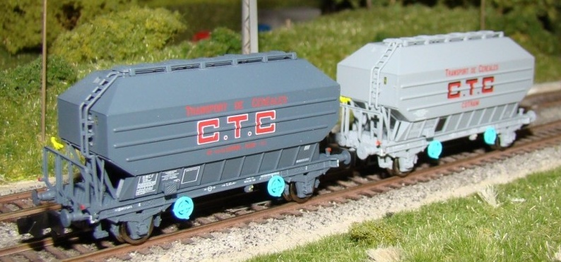 N Scale - N160 - NC24002 - Covered Hopper, 2-Axle, Cereal - SNCF - 2-pack