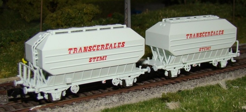 N Scale - N160 - NC24004 - Covered Hopper, 2-Axle, Cereal - SNCF - 2-pack