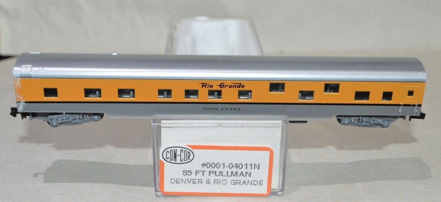 N Scale - Con-Cor - 0001-04011N - Passenger Car, Smoothside, 85 Foot Sleeper - Rio Grande - John Evans