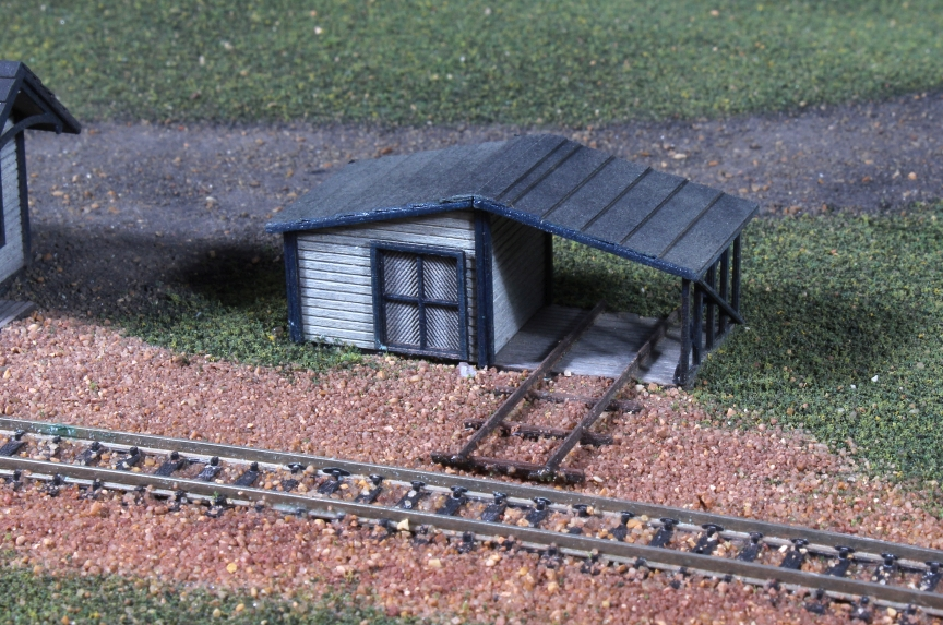 N Scale - American Model Builders - 632 - Hand Car Shed - Undecorated