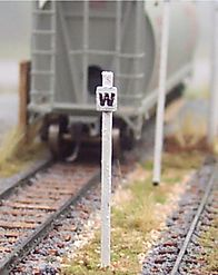 N Scale - Osborn Models - RRA-3019 - Wooden Whistle Post - Undecorated - General Purpose Whistle Post