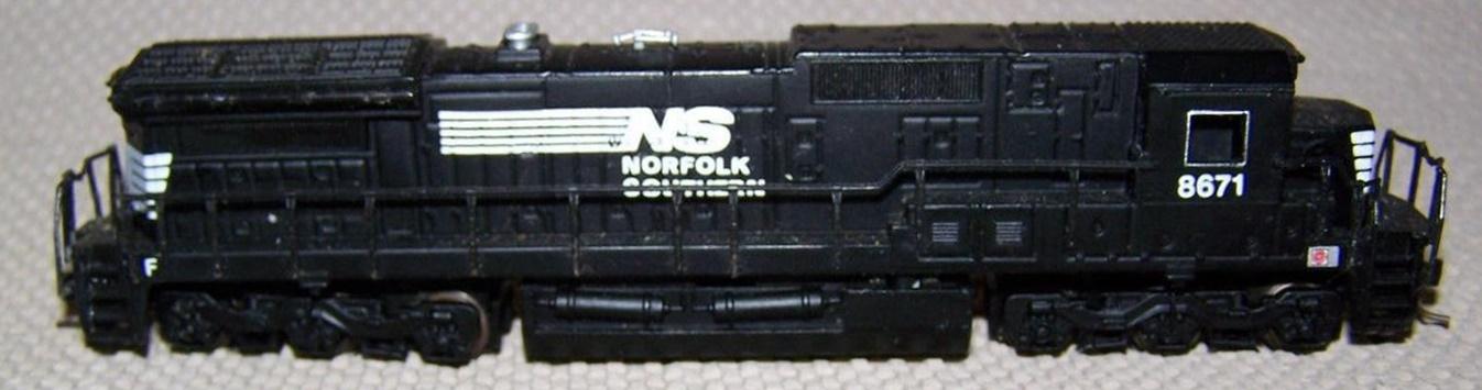N Scale - Bachmann - 85055 - Locomotive, Diesel, GE Dash 8 - Norfolk Southern - 8671
