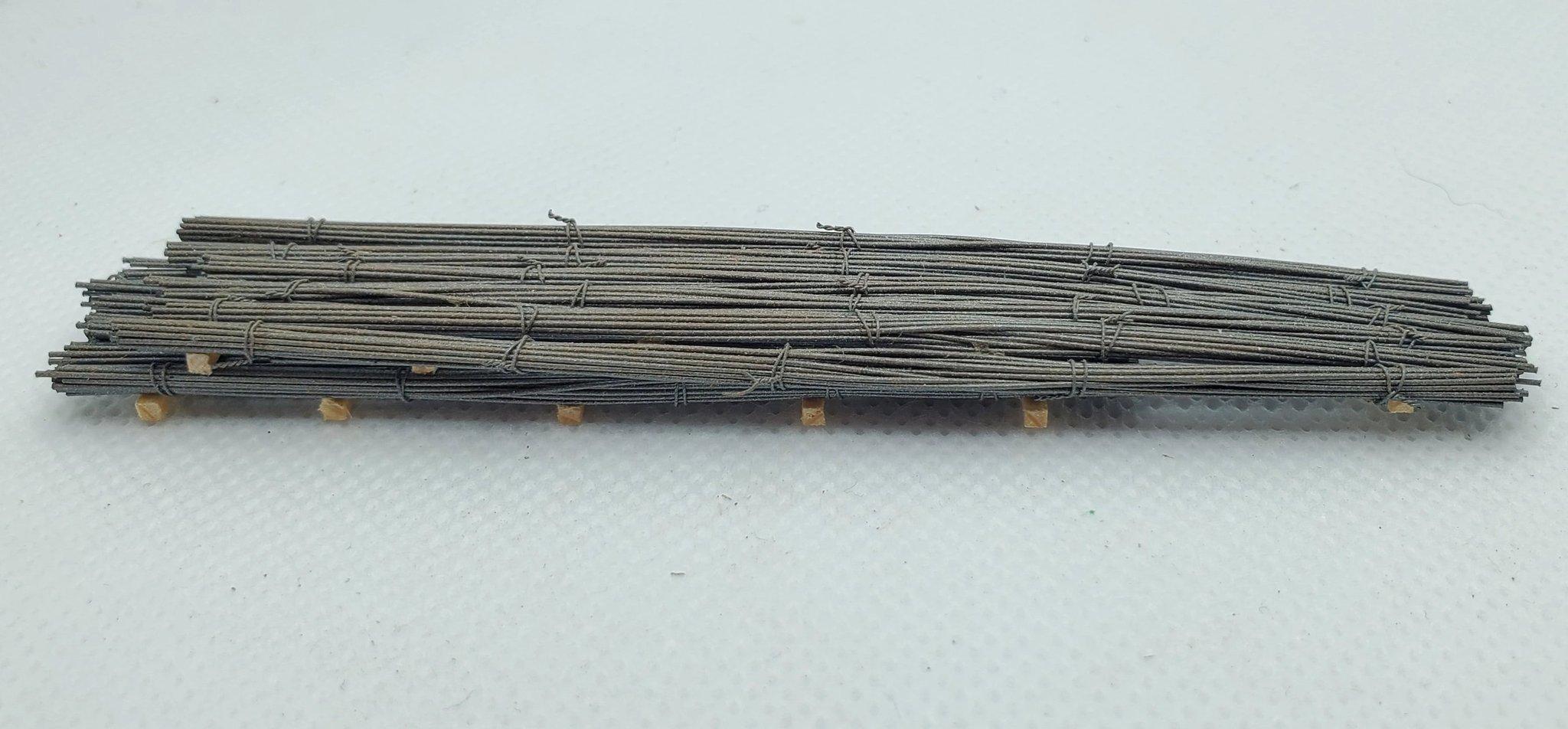 N Scale - CG Model Trains - 13411 - Railcar Loads - Painted/Unlettered - Bundled Rebar