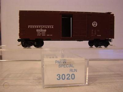 N Scale - Perrine Model Train Works - 3020 - Boxcar, 40 Foot, PS-1 - Pennsylvania - 600548