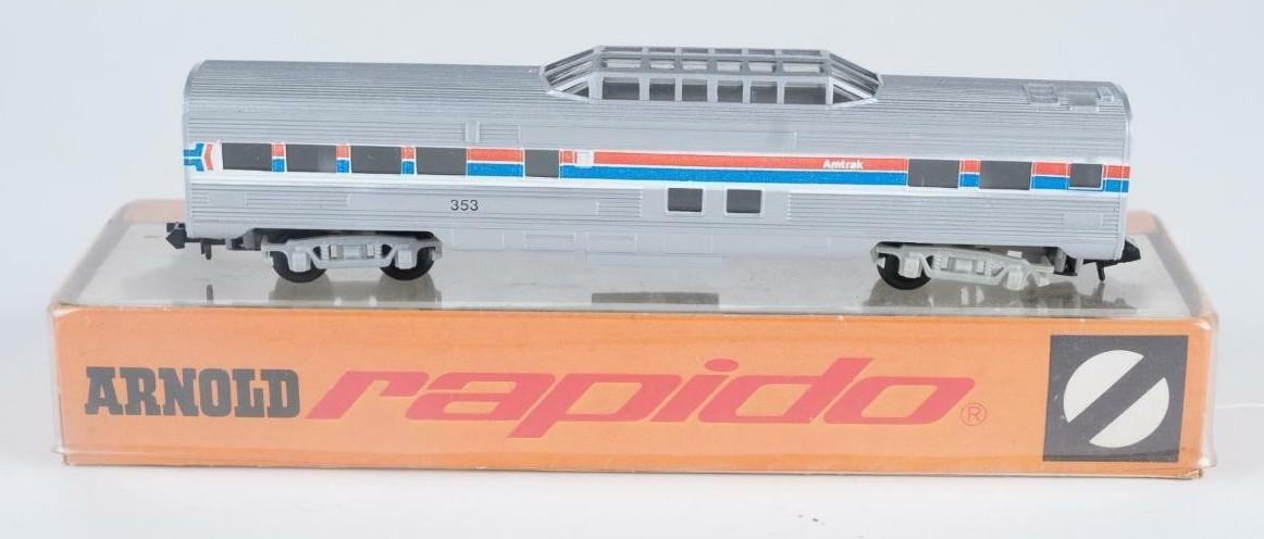N Scale - Arnold - 0353A - Passenger Car, Lightweight, Corrugated - Amtrak - 353