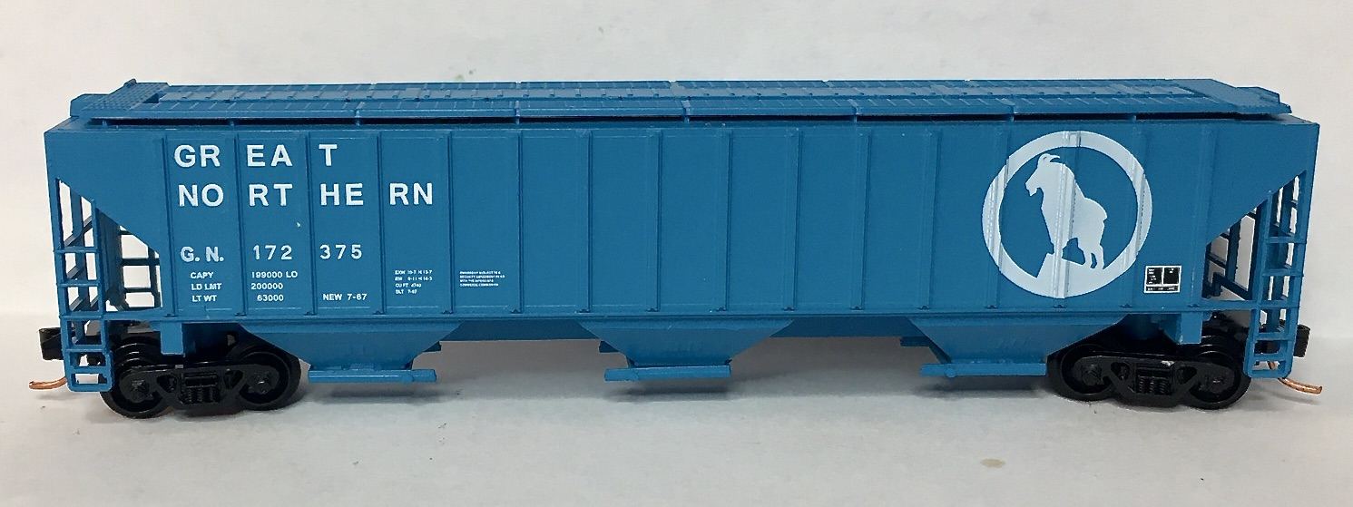 N Scale - Red Caboose - RM-15416-4 - Covered Hopper, 3-Bay, PS2-CD 4740 - Great Northern - 172375
