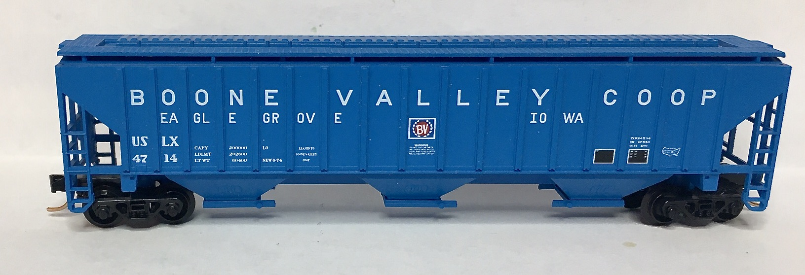N Scale - Red Caboose - RN-15606-(  ) - Covered Hopper, 3-Bay, PS2-CD 4750 - Boone Valley Coop - 4714
