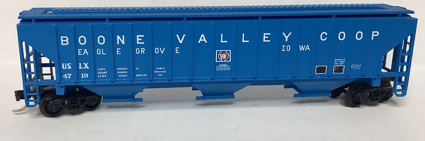 N Scale - Red Caboose - RN-15606-(  ) - Covered Hopper, 3-Bay, PS2-CD 4750 - Boone Valley Coop - 4719