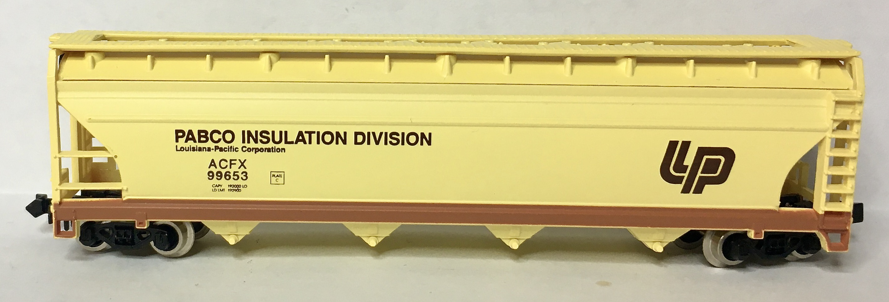 N Scale - N Hobby Distributing - BST4-00528 - Covered Hopper, 4-Bay, ACF Centerflow - Louisiana Pacific - 99653
