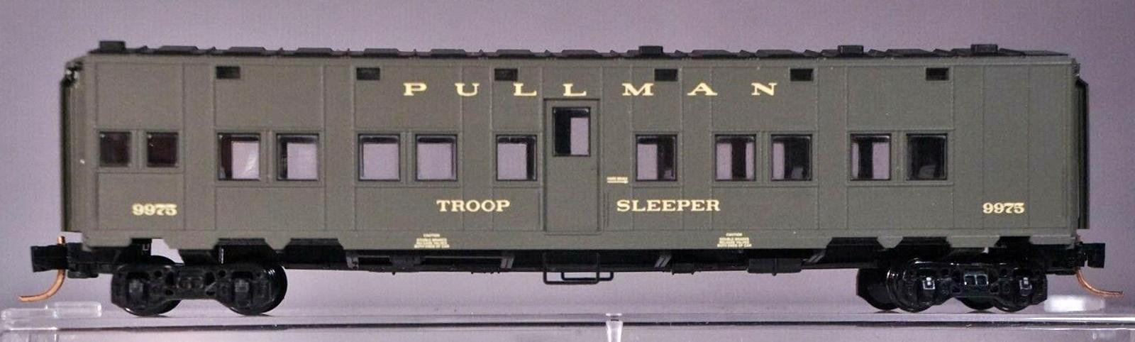 N Scale - Micro-Trains - 116 50 012 - Passenger Car, Troop Transport - Pullman - 9975