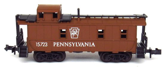 N Scale - Aurora Postage Stamp - 4887-230 - Caboose, Cupola, Steel - Pennsylvania - 15723