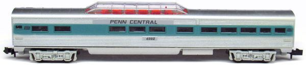 N Scale - Aurora Postage Stamp - 4892-225 - Passenger Car, Lightweight, Pullman Dome - Penn Central - 4992
