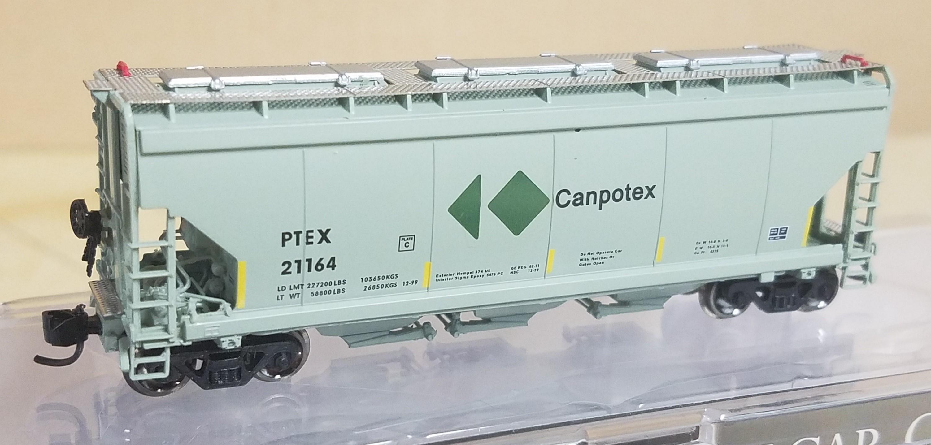 N Scale - North American Railcar - 11-12001002-22 - Covered Hopper, 3-Bay, Potash - Canpotex - 21164