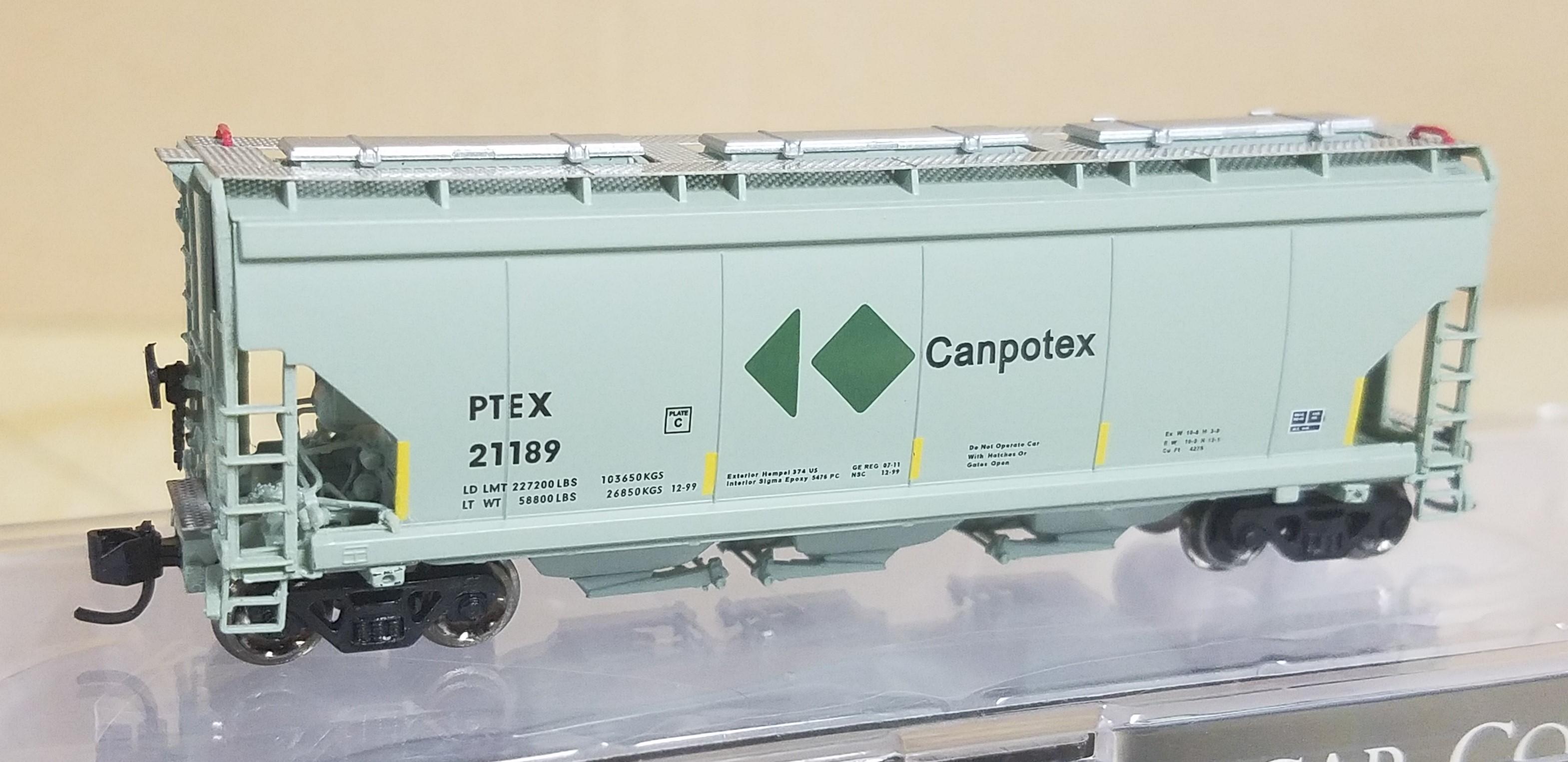 N Scale - North American Railcar - 11-12001002-24 - Covered Hopper, 3-Bay, Potash - Canpotex - 21189