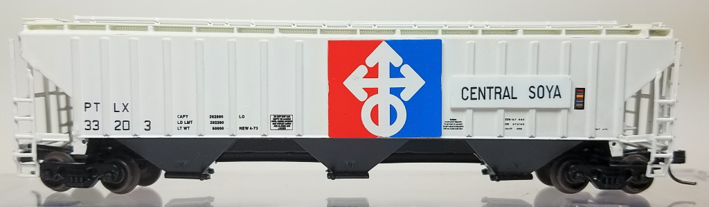 N Scale - InterMountain - 1115D - Covered Hopper, 3-Bay, PS2-CD 4750 - Central Soya - 33203