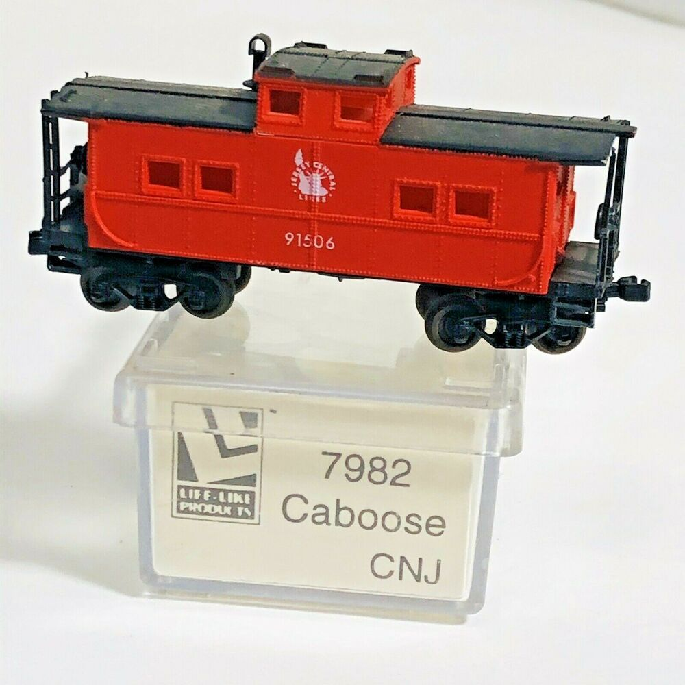 N Scale - Life-Like - 7982 - Caboose, Cupola, Steel, NE - Jersey Central - 91506