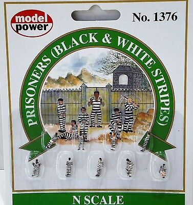 N Scale - Model Power - 1376 - Prisoners B&W Stripes - People