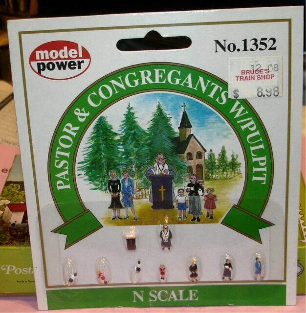 N Scale - Model Power - 1352 - Pastor & Congregantple - People - ts
