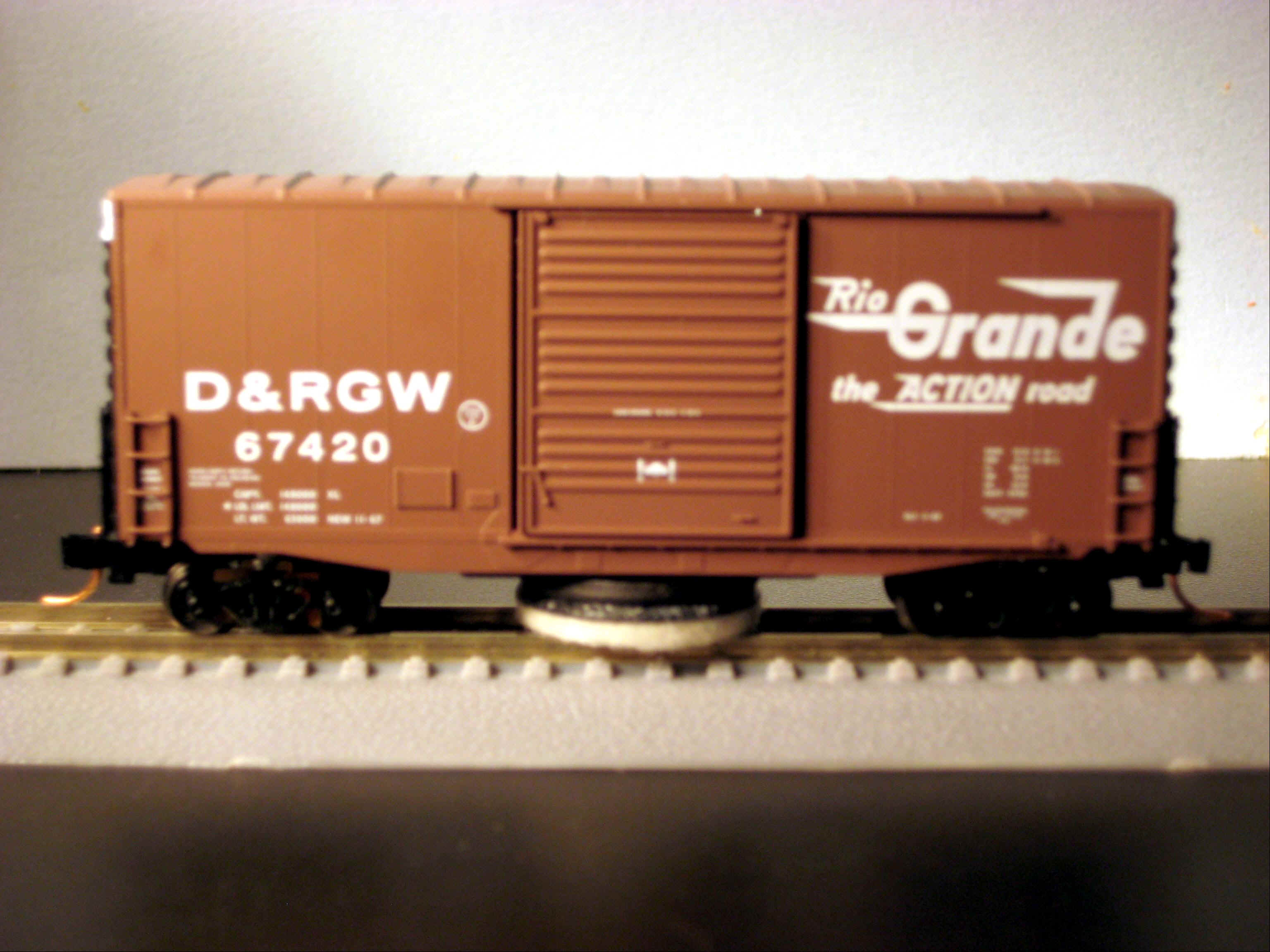 N Scale - MNP - NTC-N004 - Boxcar, 40 Foot, Track Cleaning Car - Rio Grande - 67420