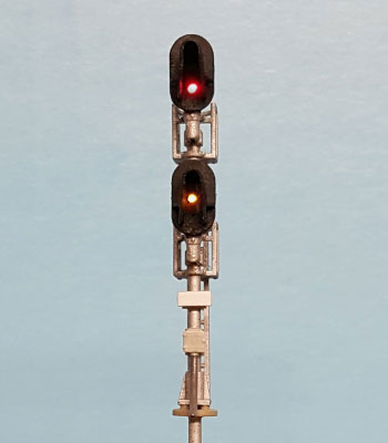 N Scale - Layout Dynamics - 5601 - double head D-Type signal - Undecorated - Signal