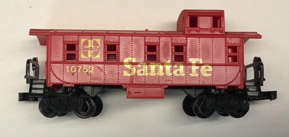 N Scale - Arnold - 0419S - Caboose, Cupola, Steel - Santa Fe - 10752