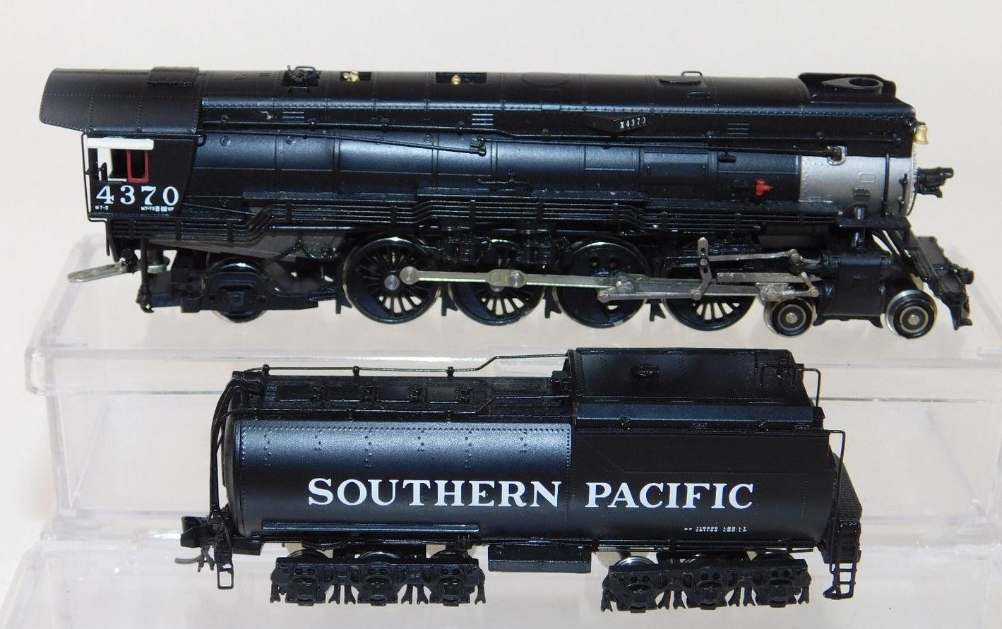 N Scale - Key - 124 - Locomotive, Steam, 4-8-2 L4 Mohawk - Southern Pacific - 4370