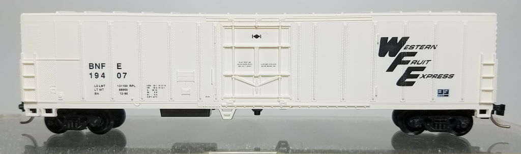 N Scale - Aztec - BNFE2041-2 - Boxcar, 50 Foot, Fruit Growers Express - Western Fruit Express - 19407