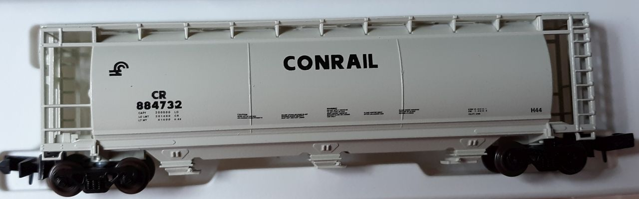 N Scale - Delaware Valley - 37282-A - Covered Hopper, 3-Bay, Cylindrical - Conrail - 884732