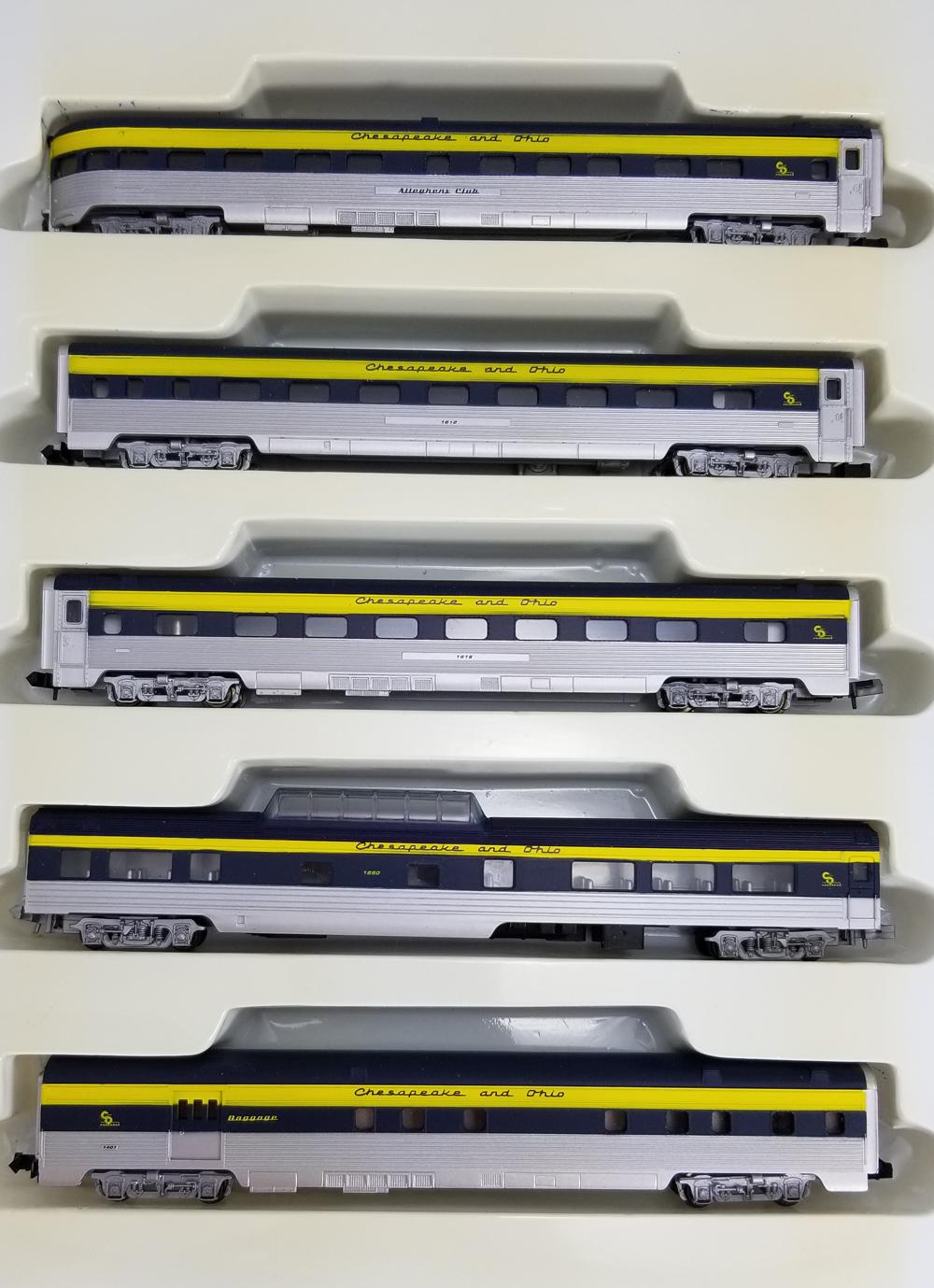 N Scale - Con-Cor - 0003-540141 - Passenger Car, Lightweight, Corrugated - Chesapeake & Ohio - 5-Pack