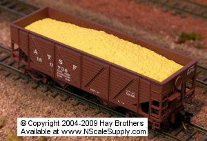 N Scale - Hay Bros - 2002-16 - Load - Painted/Unlettered - WOODCHIPS