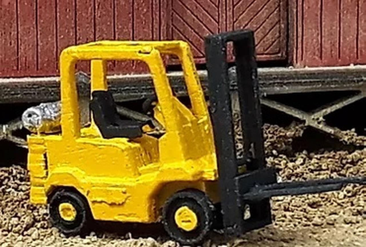 N Scale - Osborn Models - RRA-3128 - Forklift - Industrial Structures - Heavy Duty Forklift
