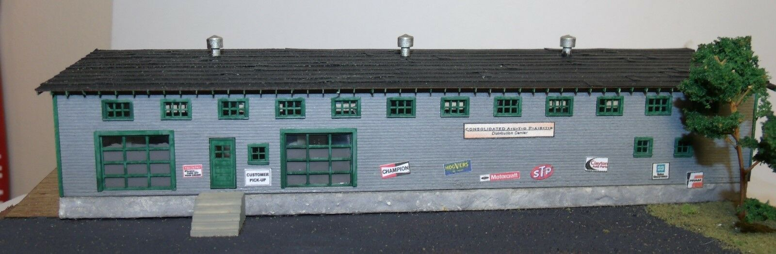N Scale - Motrak Models - 13003 - Structure, Commercial - Commercial Structures - Consolidated Auto Parts Co.