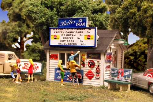 N Scale - Monroe Models - 9209 - Food Stand - Commercial Structures - Belles Ice Cream Stand