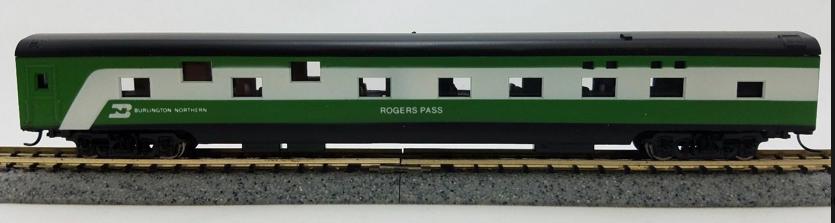 N Scale - Con-Cor - 0001-040078 - Passenger Car, Smoothside, 85 Foot Sleeper - Burlington Northern - Rogers Pass
