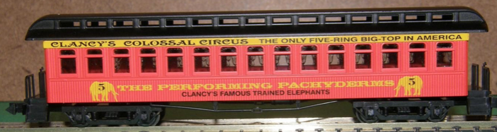N Scale - Roundhouse - 88109 - Passenger Car, Early, Overton - Clancy